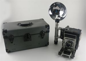 Graflex Speed Graphic Camera with Flash and Case, c. 1950